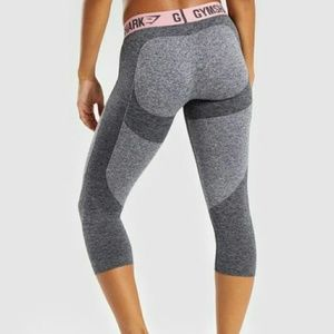 NWT Gymshark Cropped Flex Leggings Charcoal Marl